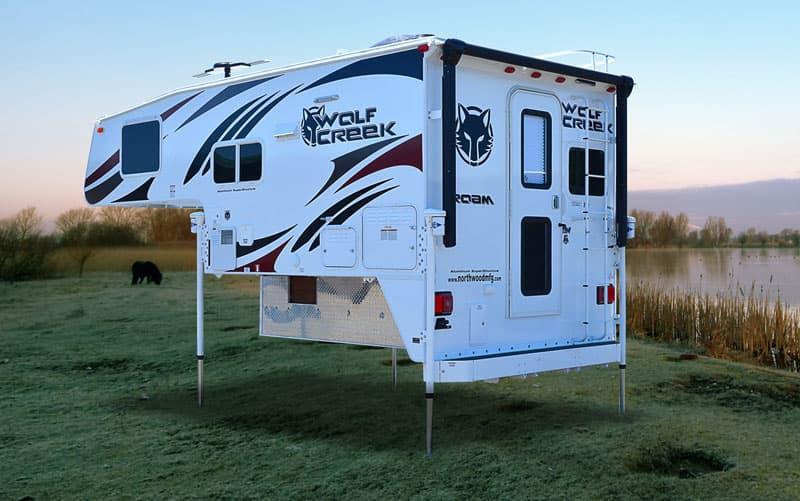 Wolf Creek Campers graphics for 2017