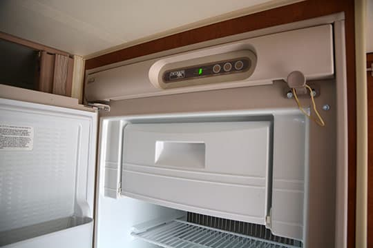 2015-Wolf-Creek-840-Kitchen-Freezer