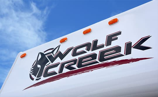 2015-Wolf-Creek-840-Wild-Graphics-Nose-Logo2