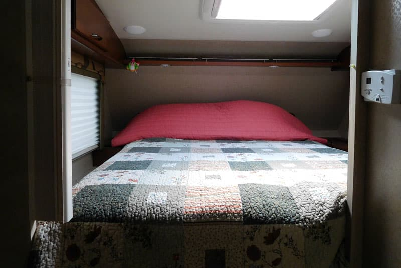 Making a truck camper bed with a quilt