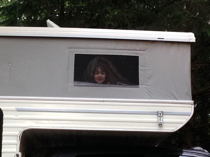 camper-black-out-shades-daughter sleep camper