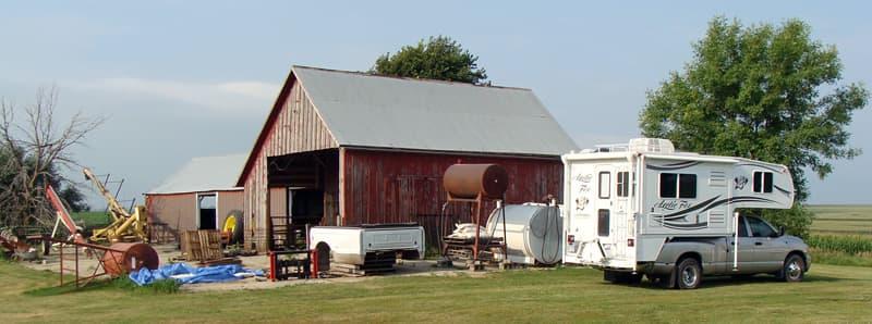 Farm in Iowa camping