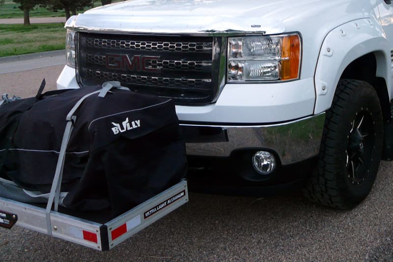 Front hitch cargo tray