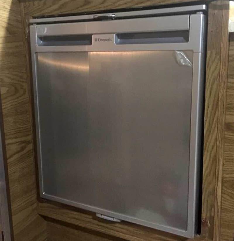 Compressor refrigerator in a Four Wheel Camper