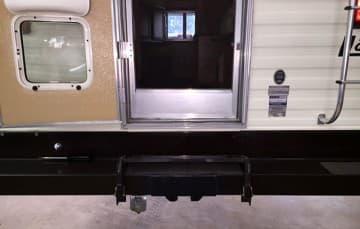 rear-camera-installation-bracket-tailgate