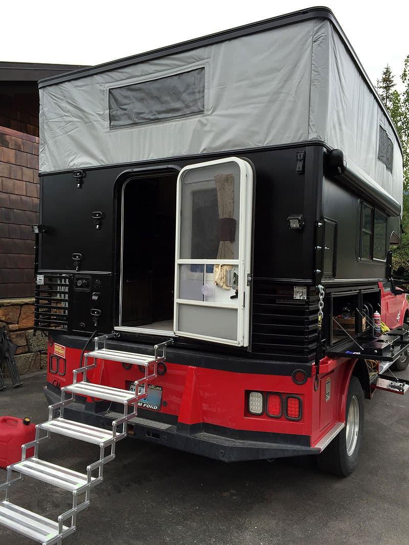 short door on pop-up camper