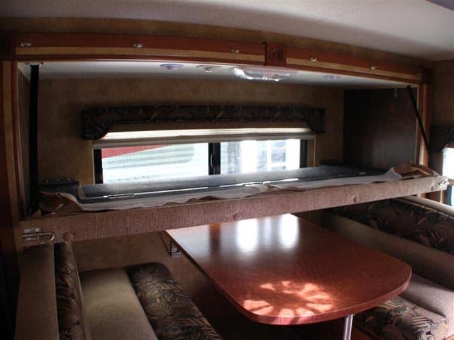 Lance 855s Truck Camper Slide Out Camper For Short Bed Trucks