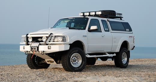 beach-camping-ford-ranger