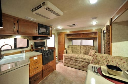 2012 Eagle Cap 1160 is wider than most truck campers