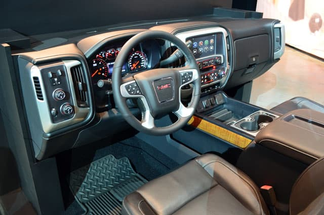 GM-Reveal-GMC-interior