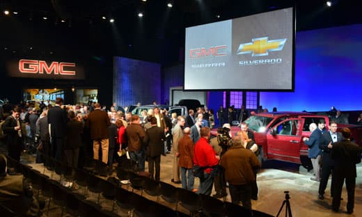 GM-Reveal-crowd-w-trucks
