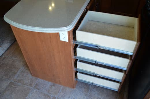 Eagle-Cap-1165-Review-Kitchen-Drawers
