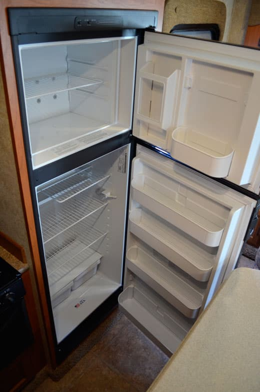 Eagle-Cap-1165-Review-Kitchen-Refrigerator