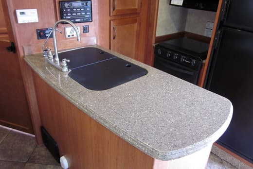 updates-Granite-coat-countertops