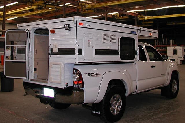 Four Wheel Camper Fleet Self Contained Pop Up Camper