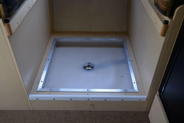 Flatbed Fleet shower 1. Diy Rv Shower   Do It Your Self  DIY