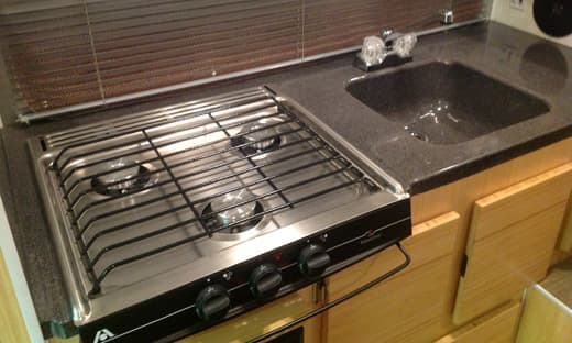EXC-cooktop-and-sink