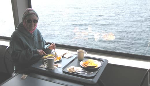 ferry-breakfast
