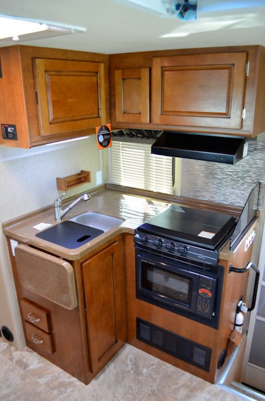 Lance-1172-Kitchen