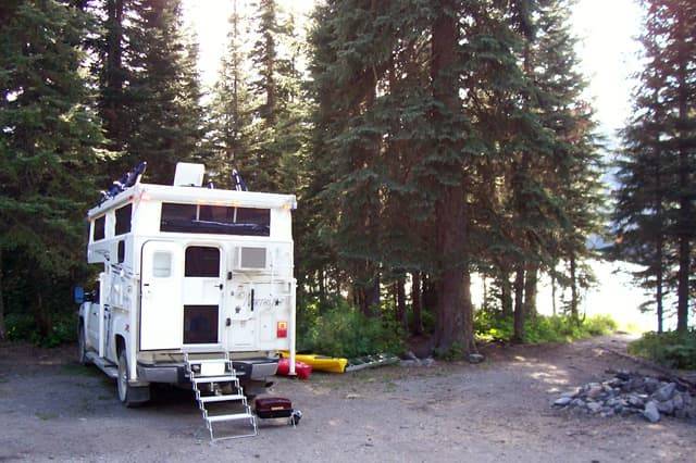 Upper-Whitefish-Lake-camping