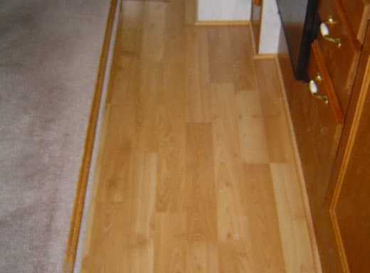 laminate-floor-in-camper
