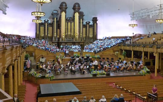 traveling-Morman-Tabernacle-Choir