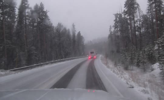 traveling-Yellowstone-Whiteout