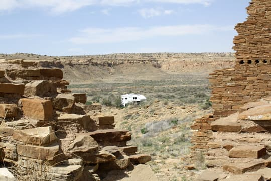 travels-Chaco-Canyon-ruins
