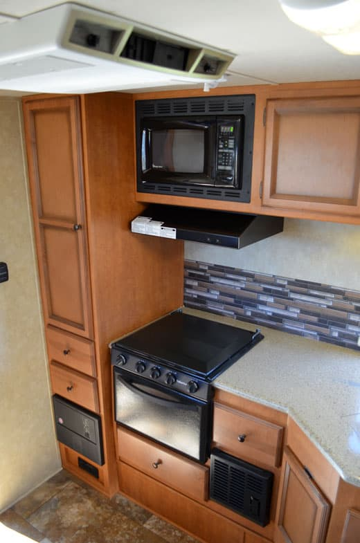 Palomino-Camper-2910-Review-kitchen-galley