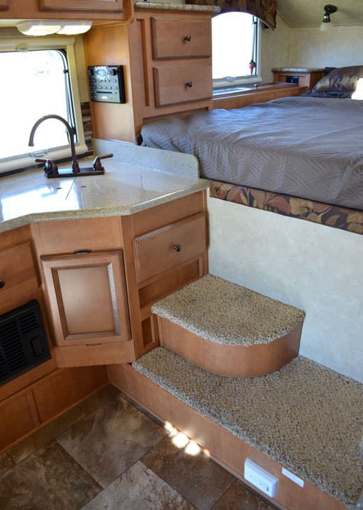 Palomino-Camper-2910-Review-kitchen-overcab