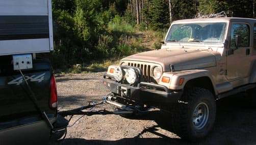 Towing his Jeep with the Roadmaster Towing Systems