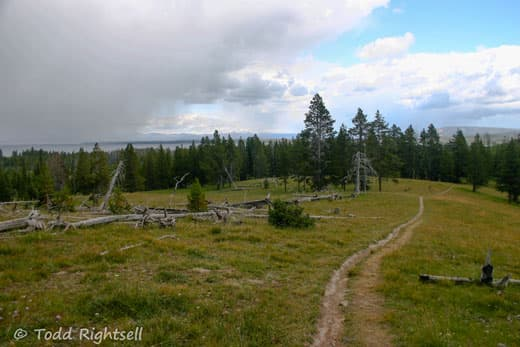 Yellowstone-National-Park-hike-10