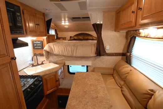 Palomino maverick 8801 review for Truck camper interior ideas