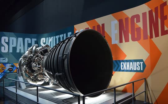 Kennedy-Space-Center-big-engine