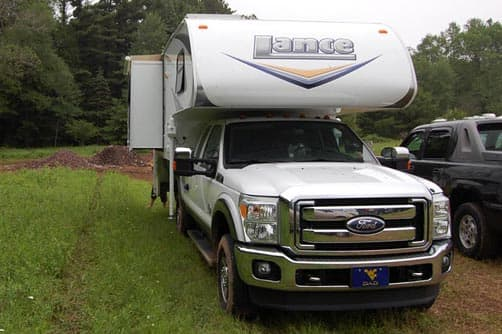 2011 Lance 1055S and 2011 Ford F-350 Diesel Lariot