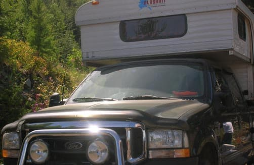 Alaskan hard side pop-up camper at Blewett Pass, Washington