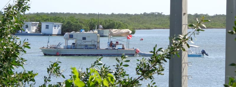truck camper house boat
